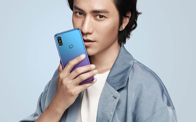 Motorola P30 tanıtıldı!