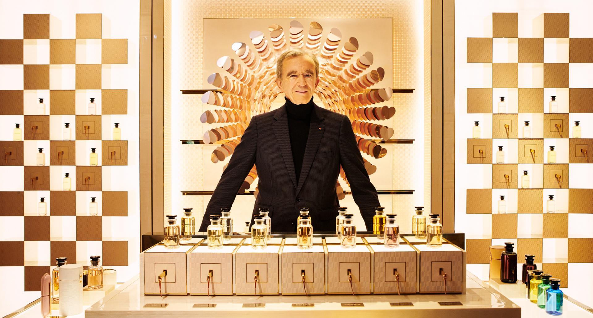 Dünyanın en zengin insanı bernard arnault jeff bezos