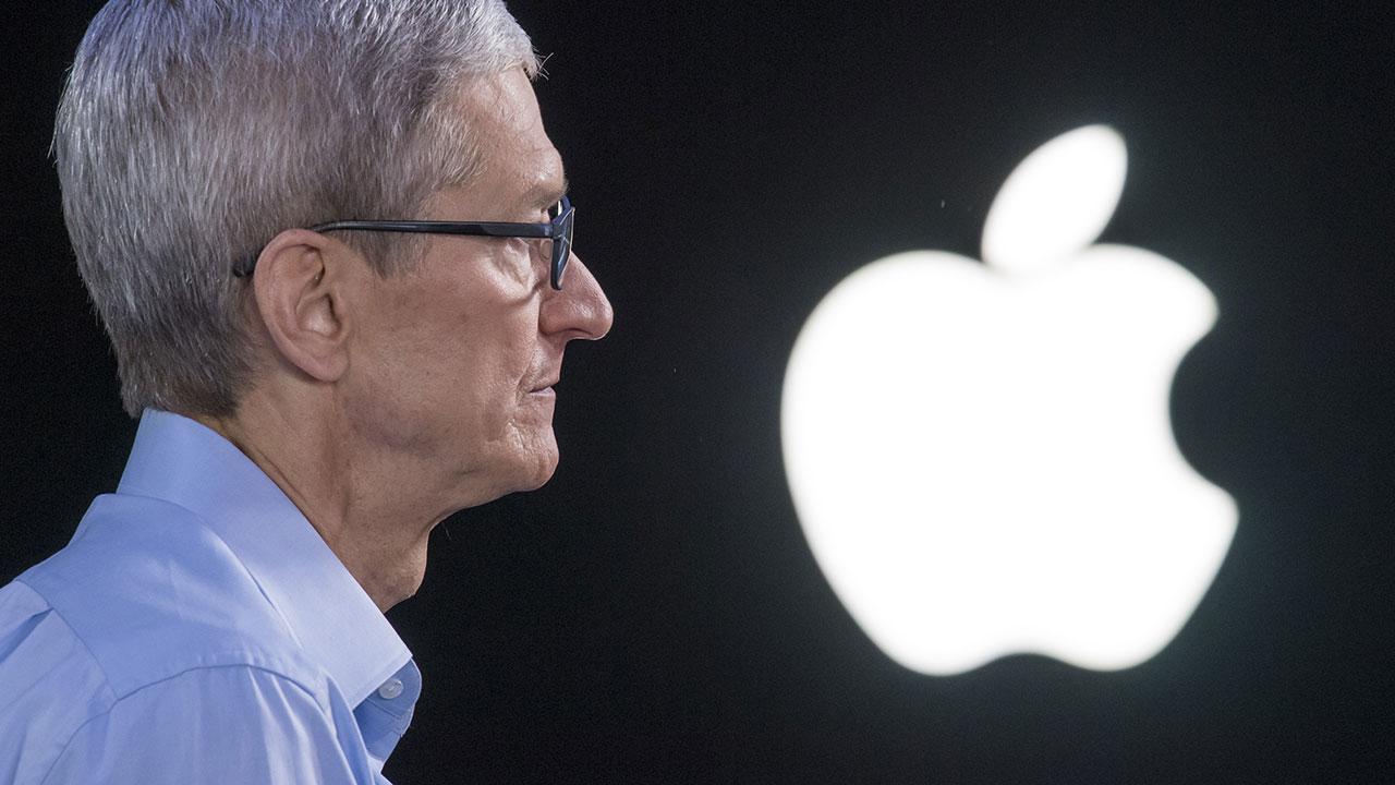 [Resim: apple-ve-tim-cook-bir-donemin-sonuna-geliyor-3.jpg]