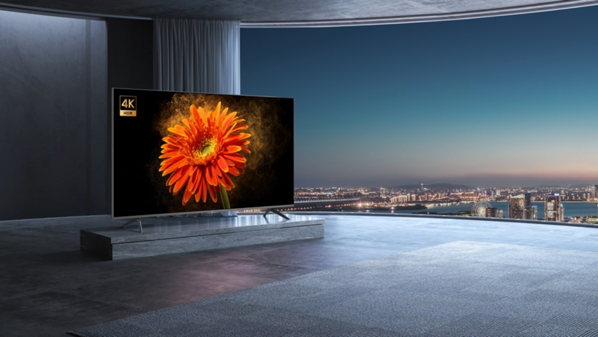 82 inç Mi TV LUX 4K