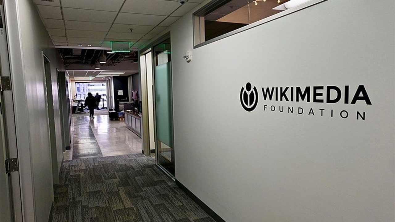 wikimedia-enterprise-companies-will-offer-paid-service-