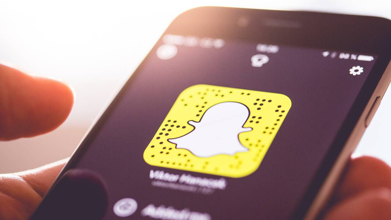 Snapchat looking for ways to circumvent Apple privacy rules